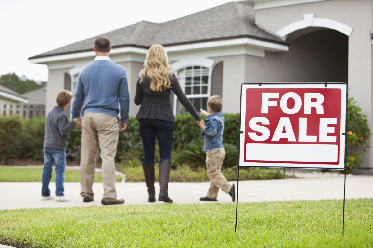 5 Things to Know About Your Neighbors Before You Sell