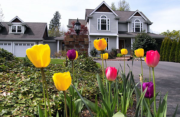7 Tips to Prepare Your Home For The Spring Market